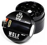 Wolf Grinders   4-teilige Mini-Kräutermühle schwarz CNC-gefräst aus Flugzeugaluminium mit eloxierter Oberfläche integriertes leichteres Holster für Komfort verlieren Sie nie wieder Ihr Feuerzeug.