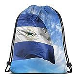Affordable shop Nationalflagge Nicaragua auf Fahnenmast vorne Kordelzug Rucksack Sporttaschen Cinch Tragetasche für Reisen und Aufbewahrung für Damen und Herren 43,2 x 35,6 cm