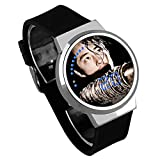 Armbanduhren,Touchscreen-LED-Uhr Film He Walking Dead Die Umgebende wasserdichte Leuchtende Elektronische Uhr DIY Kreativ, Um Benutzerdefinierte Silver Shell Black Belt Abzubilden