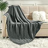 softan Tagesdecke 130 x 150 cm • Waffelpique leichte Sommerdecke aus 100% Baumwolle • Luftige Sofa-Decke vielseitig einsetzbar • Pflegeleichte Wohndecke • Baumwolldecke Farbe: Dunkelgrau