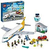 LEGO 60262 City Passagierflugzeug mit Flughafenterminal und LKW, Spielset für Kinder ab 6 J