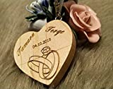 (10 Motive zur Auswahl) 32 GB USB-Stick Holz mit Gravur 2.0 massiv Herz Verlobungsringe Liebe Hochzeit Wunschtext Wunschgravur Speicherstick Flash Drive personalisiert (Ahorn)