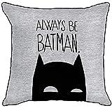 Warner Brother Always Be Batman Dark Knight graues Logo umgekehrte paspelierte Kanten quadratisch gefülltes dekoratives Kissen offizielles Lizenzprodukt – 40 cm x 40 cm, Baumwolle, 40 x 40