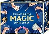 KOSMOS Die Zauberschule Magic Special Edition, einfach Zaubern lernen, 100 Tricks, viele Zauber-Utensilien, Zauberkasten für Kinder ab 8 Jahre und Einsteiger, bebilderte Anleitung Online-Erklär-Videos