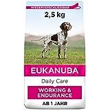 Eukanuba Working & Endurance Trockenfutter für Hunde mit hohem Energiebedarf (Arbeitshunde, Jagdhunde, trächtige & säugende Hündinnen), Hundefutter mit hohem Gehalt an Protein & Fett, 2,5 kg