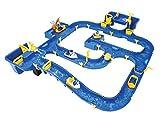 BIG Spielwarenfabrik 7/800055112 BIG - Waterplay Amsterdam - Wasserbahn blau, 175 x 143 x 27cm große Bahn, mit 4 Booten, Wasserflugzeug und 3 Spielfiguren, 2 Schleusen, Wasserpumpe und Hafenbecken, ab 3 Jahren