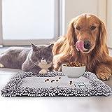 CHENGYOUOUM Napfunterlage,rutschfeste Futtermatte für Hunde & Katzen