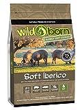 Wildborn Soft IBERICO 4 kg getreidefreies Hundefutter mit 75% frischem Iberico Fleisch | Halbfeuchtes Trockenfutter für Hunde | getreidefreie Rezeptur aus Deutschland